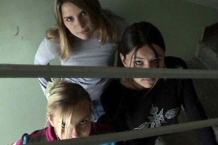 Девочки - Кадры из фильма, фотографии.