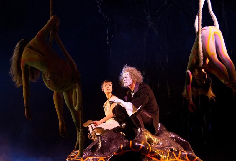 фильм под куполом