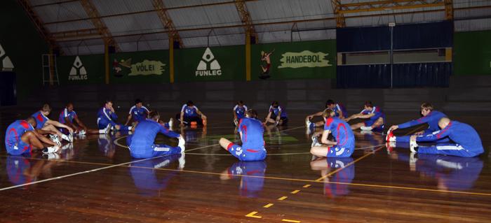 Тренировка сборной России по мини-футболу, Бразилия.  Фото - АМФР.